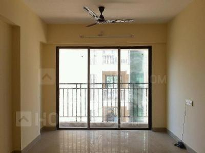 Gallery Cover Image of 1025 Sq.ft 2 BHK Apartment for rent in Kasarvadavali, Thane West for 25000