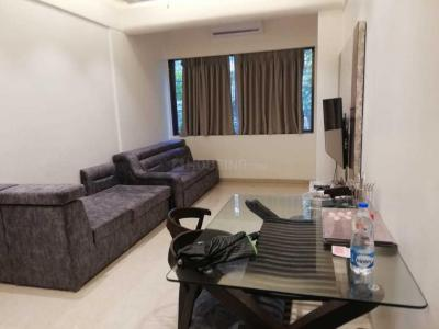 Gallery Cover Image of 650 Sq.ft 1 BHK Apartment for rent in Worli for 80000
