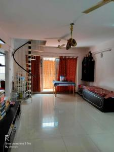 Gallery Cover Image of 1500 Sq.ft 3 BHK Apartment for rent in Begur for 20000