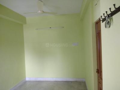 Gallery Cover Image of 800 Sq.ft 2 BHK Apartment for rent in New Alipore for 10000