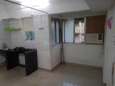 Gallery Cover Image of 225 Sq.ft 1 RK Apartment for rent in Bandra West for 30000