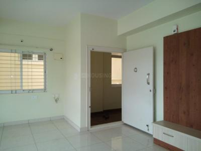 Gallery Cover Image of 1100 Sq.ft 2 BHK Apartment for rent in Mallathahalli for 15000