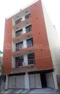 Gallery Cover Image of 900 Sq.ft 2 BHK Independent Floor for buy in Sector 3 for 3200001