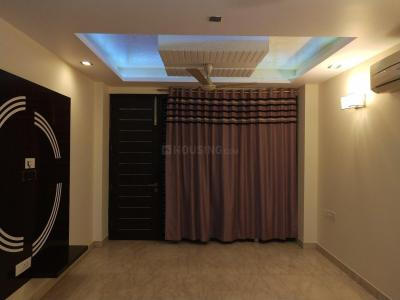 Gallery Cover Image of 2200 Sq.ft 3 BHK Independent Floor for rent in Pitampura for 49000