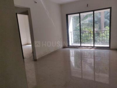 Gallery Cover Image of 1240 Sq.ft 3 BHK Apartment for rent in Strawberry Sandstone, Mira Road East for 25000