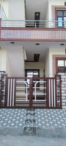 Gallery Cover Image of 2000 Sq.ft 2 BHK Independent House for buy in Subhash Nagar for 6000000
