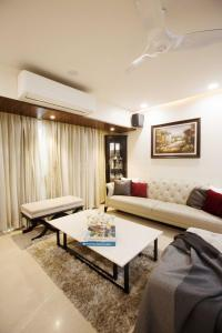 Gallery Cover Image of 2000 Sq.ft 3 BHK Apartment for buy in Sagar Darshan Towers, Nerul for 49000000