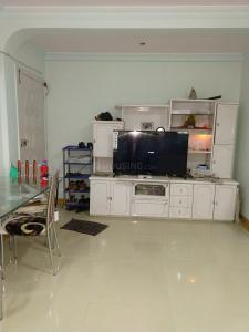 Gallery Cover Image of 680 Sq.ft 1 BHK Apartment for buy in Ghatkopar East for 15000000