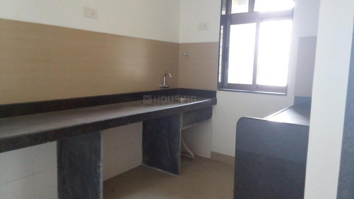 Kitchen Image of 900 Sq.ft 2 BHK Apartment for rent in Kopar Khairane for 16000