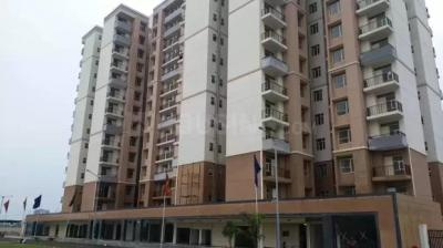 Gallery Cover Image of 452 Sq.ft 1 BHK Apartment for rent in Auric City Homes, Sector 82 for 5500