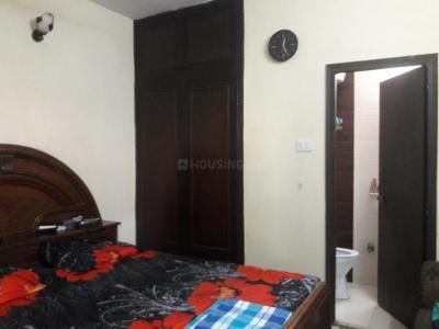 Bedroom Image of PG 4035720 Sarita Vihar in Sarita Vihar