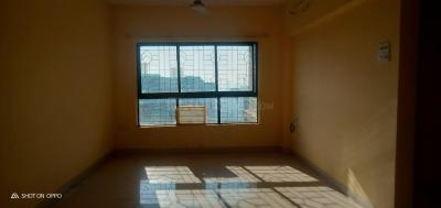 Gallery Cover Image of 800 Sq.ft 2 BHK Apartment for buy in Lokhandwala Riviera Tower, Kandivali East for 14700000