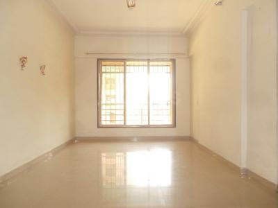Gallery Cover Image of 450 Sq.ft 1 BHK Apartment for buy in Kandivali East for 9500000