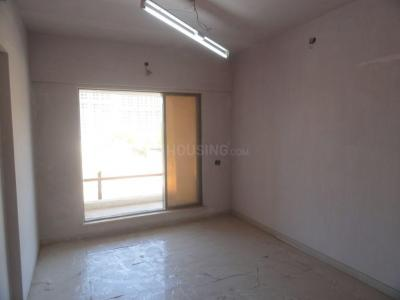 Gallery Cover Image of 1060 Sq.ft 2 BHK Apartment for rent in Mira Road East for 20000