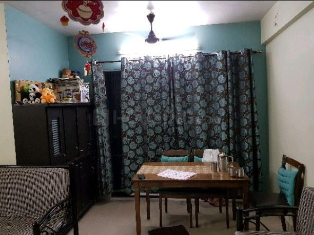 Living Room Image of 950 Sq.ft 2 BHK Apartment for rent in Thane West for 26000