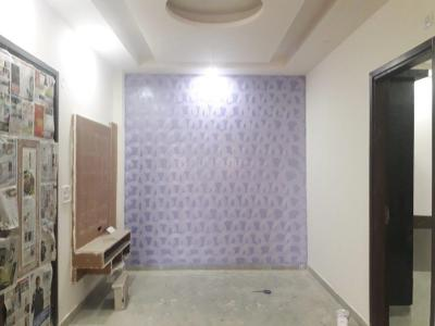 Gallery Cover Image of 800 Sq.ft 3 BHK Independent Floor for buy in Sector 23 Rohini  for 5500000