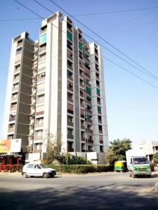 Gallery Cover Image of 1700 Sq.ft 3 BHK Apartment for rent in Bopal for 19000
