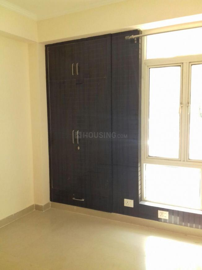 Bedroom Image of 980 Sq.ft 2 BHK Apartment for rent in Noida Extension for 7500