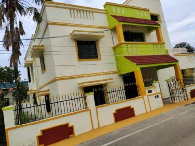 Gallery Cover Image of 4000 Sq.ft 8 BHK Independent House for rent in Thoraipakkam for 70000
