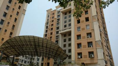 Gallery Cover Image of 2010 Sq.ft 3 BHK Apartment for rent in Ballygunge for 45000