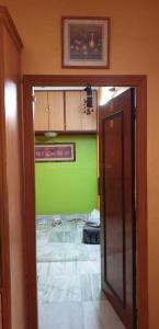 Gallery Cover Image of 1328 Sq.ft 3 BHK Apartment for buy in Jadavpur for 10000000