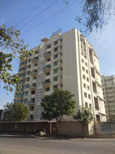 Gallery Cover Image of 2050 Sq.ft 3 BHK Apartment for rent in Adi Heritage Skyz , Prahlad Nagar for 35000