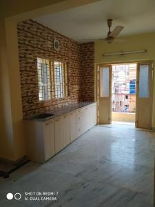 Gallery Cover Image of 700 Sq.ft 1 BHK Independent Floor for buy in Lake Gardens for 3800000