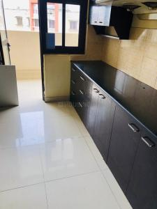 Gallery Cover Image of 1800 Sq.ft 4 BHK Apartment for rent in Hiland Willows, New Town for 35000