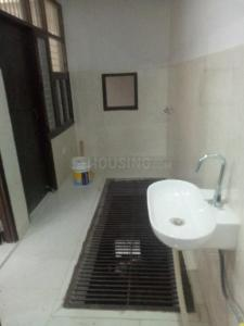 Gallery Cover Image of 900 Sq.ft 2 BHK Independent House for rent in Sector 110A for 10000