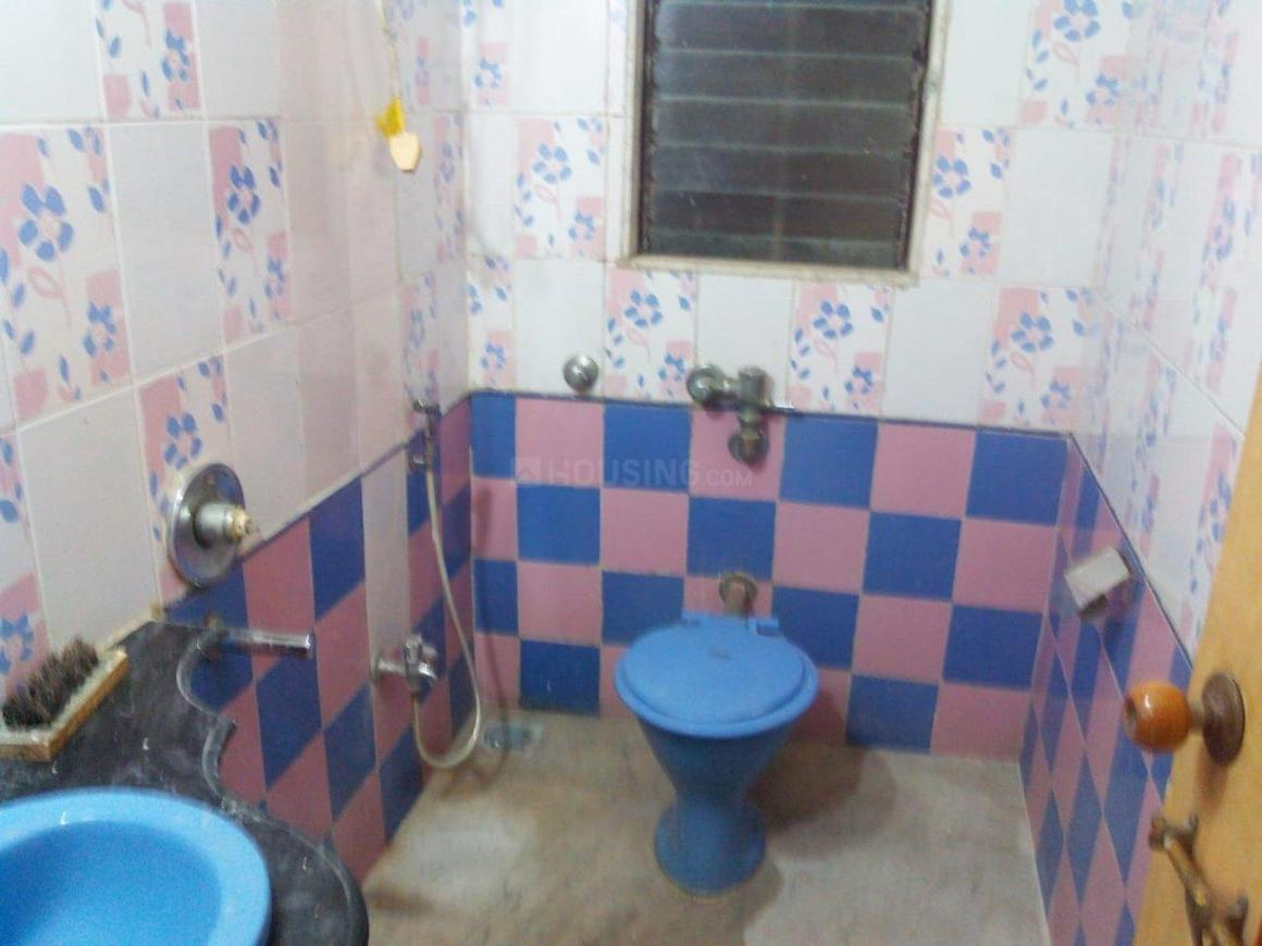 Common Bathroom Image of 1200 Sq.ft 2 BHK Independent House for rent in Belapur CBD for 40000