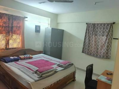 Gallery Cover Image of 1322 Sq.ft 2 BHK Apartment for rent in United Daffodil, Mahadevapura for 27000
