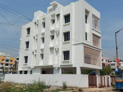 Gallery Cover Image of 5600 Sq.ft 9 BHK Independent House for rent in Kasba for 130000
