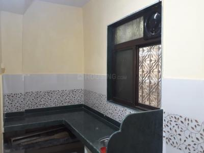Gallery Cover Image of 650 Sq.ft 1 BHK Apartment for buy in Thane West for 7500000