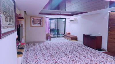 Gallery Cover Image of 1225 Sq.ft 3 BHK Apartment for buy in Kurla West for 22000000
