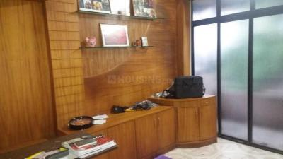Gallery Cover Image of 650 Sq.ft 1 BHK Apartment for rent in Kothrud for 16000