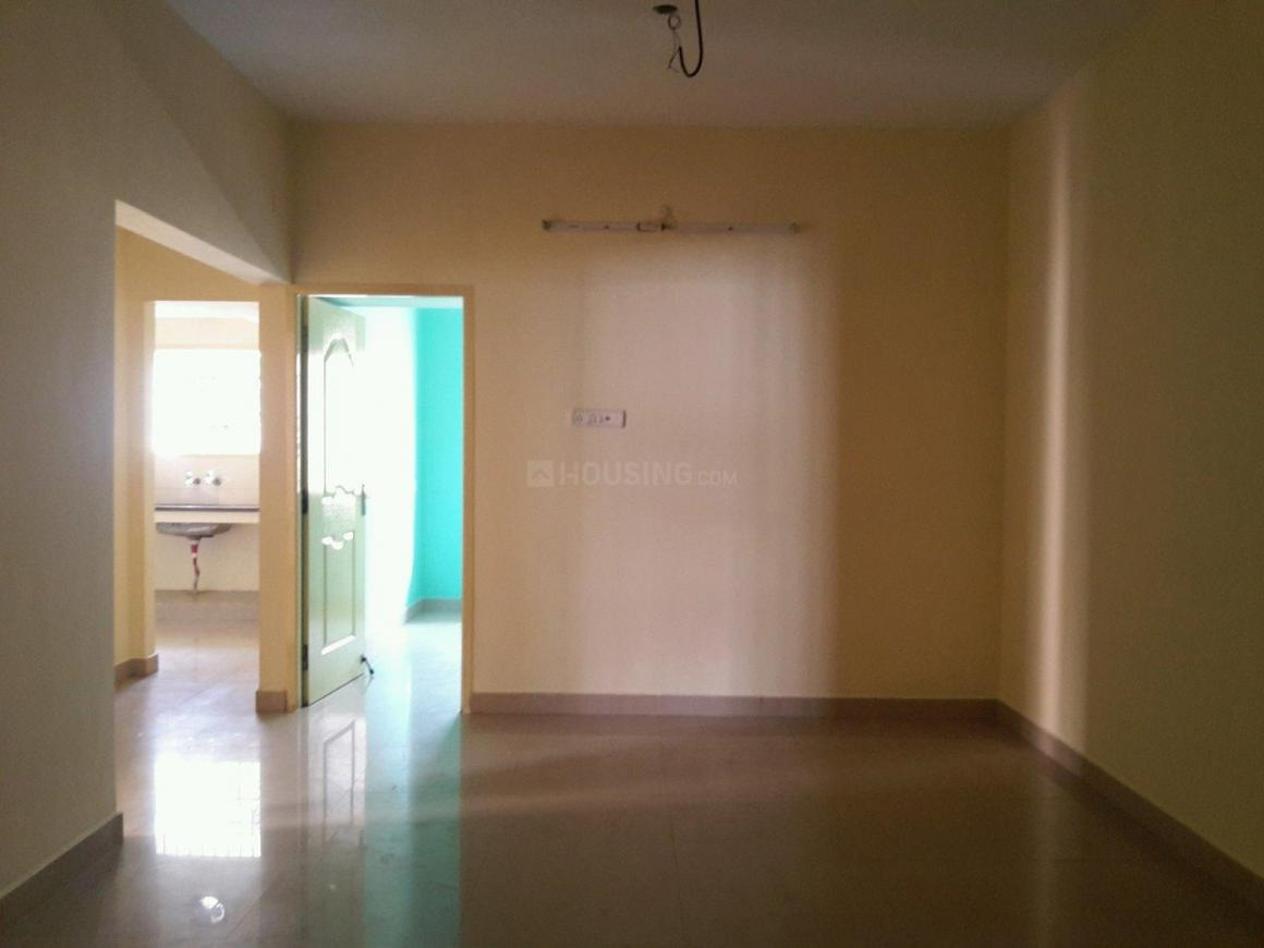 Living Room Image of 975 Sq.ft 2 BHK Apartment for buy in Kolathur for 5500000