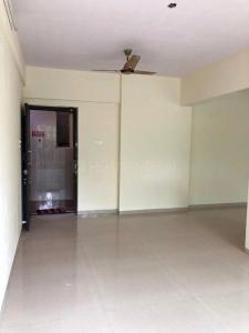 Gallery Cover Image of 1500 Sq.ft 3 BHK Apartment for rent in Thakur Kedarnath Tower, Andheri West for 74000