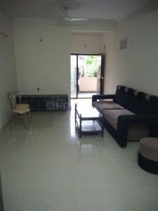 Gallery Cover Image of 1050 Sq.ft 2 BHK Apartment for rent in Jubilee Hills for 20000