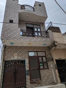Gallery Cover Image of 540 Sq.ft 2 BHK Villa for rent in Nangloi for 8000