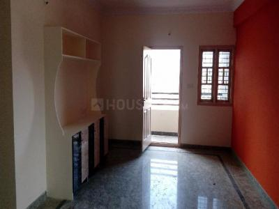 Gallery Cover Image of 1050 Sq.ft 2 BHK Apartment for rent in Koramangala for 40000