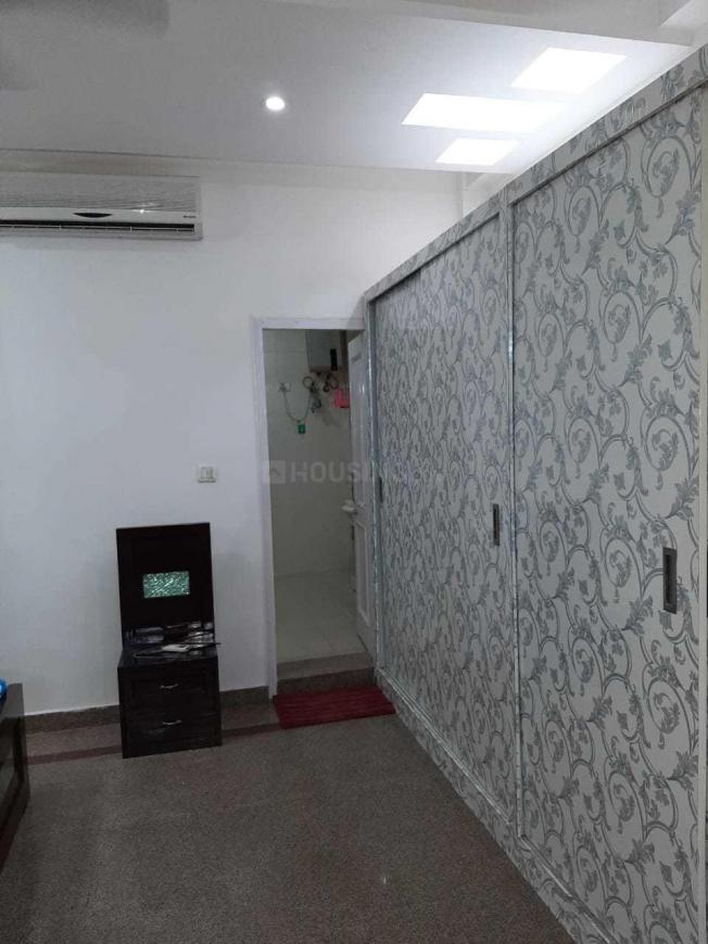Bedroom Image of 1050 Sq.ft 2 BHK Apartment for rent in Sector 62 for 14000