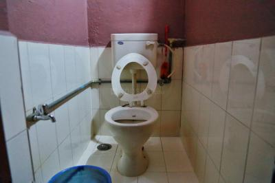 Bathroom Image of Beenas Hostel in Rasta Peth
