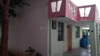 Gallery Cover Image of 1200 Sq.ft 1 BHK Independent House for buy in Nallampalayam for 3500000