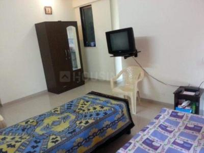 Bedroom Image of No Brokerage Paying Guest in Borivali East