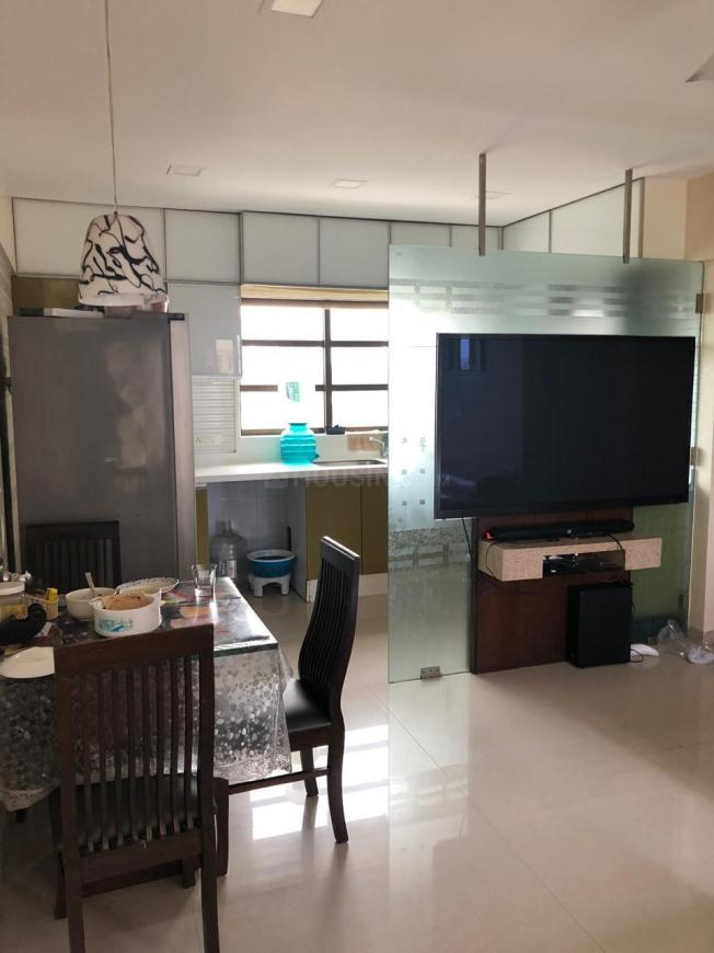 Living Room Image of 1800 Sq.ft 3 BHK Apartment for rent in Bandra West for 250000