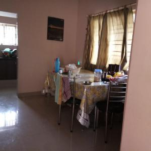 Gallery Cover Image of 1000 Sq.ft 2 BHK Independent House for rent in Ulsoor for 20000
