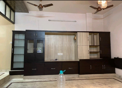 Gallery Cover Image of 2700 Sq.ft 4 BHK Independent Floor for buy in Paschim Vihar for 40000000