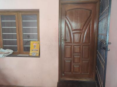 Gallery Cover Image of 880 Sq.ft 2 BHK Independent Floor for rent in KK Nagar for 15000