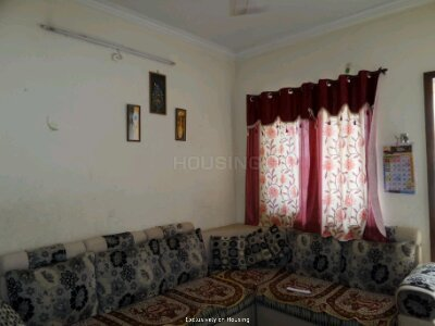 Gallery Cover Image of 555 Sq.ft 1 BHK Apartment for buy in Ghorpadi for 2800000