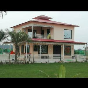 Gallery Cover Image of 9072 Sq.ft 3 BHK Independent House for buy in Sector 151 for 3700000